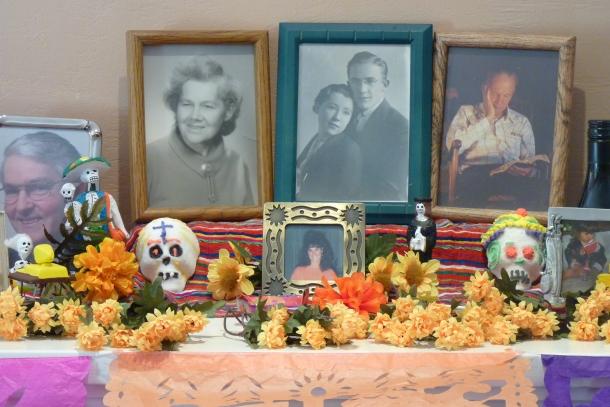 Dia de los Muertos ofrenda